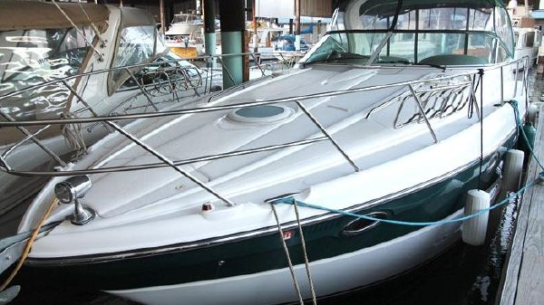 2003 Maxum 3700 Sport Yacht